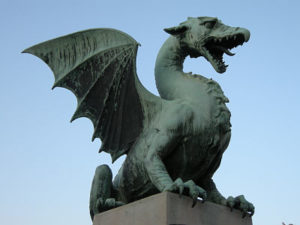 Dragon, empleo